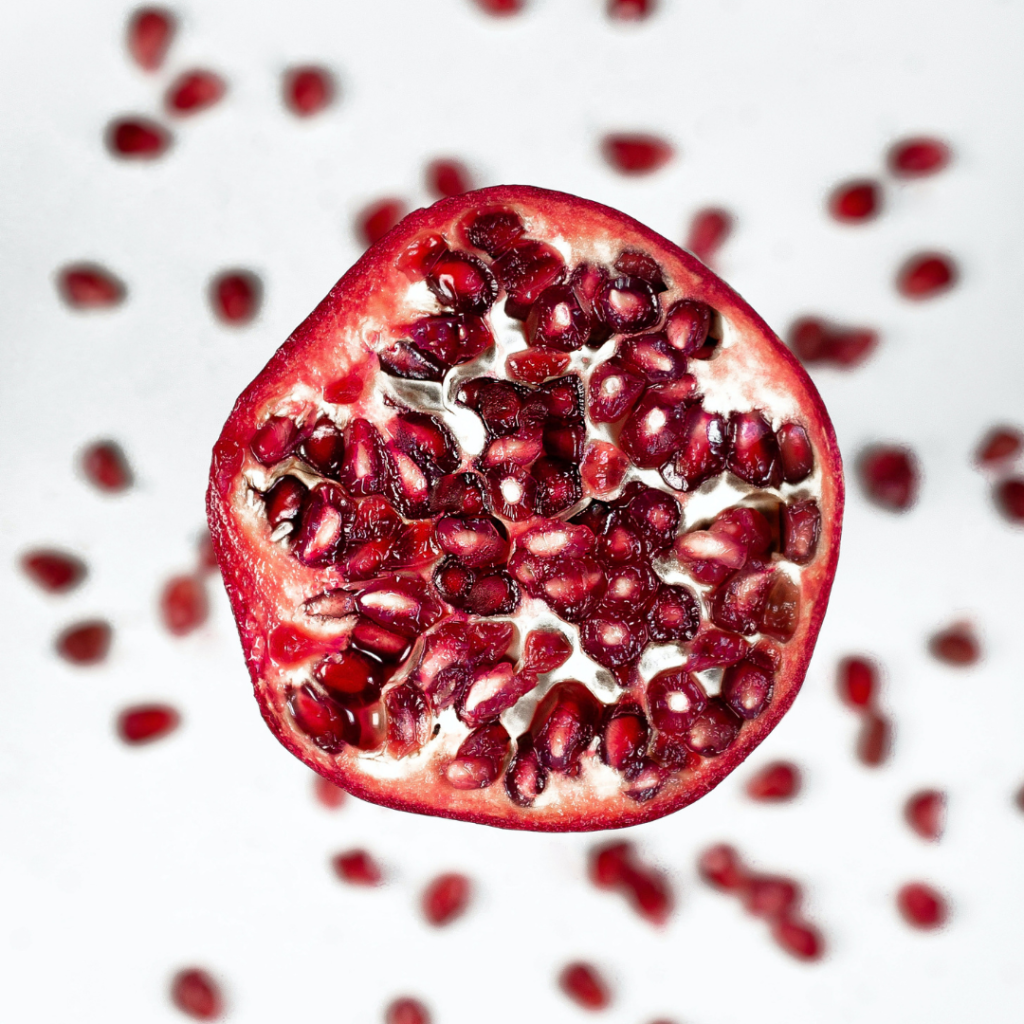 Pomegranate seeds. Immunity booster. Healthy foods. Teuko lunchbox community.