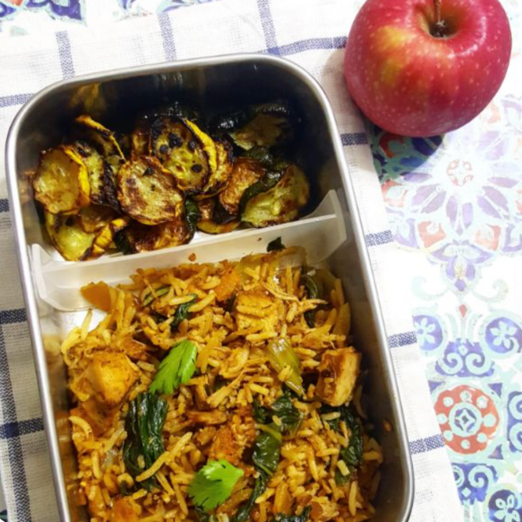 Kids lunchbox idea with indian cuisine. Byriani chicken yellow fried rice. Teuko Lunchbox community.