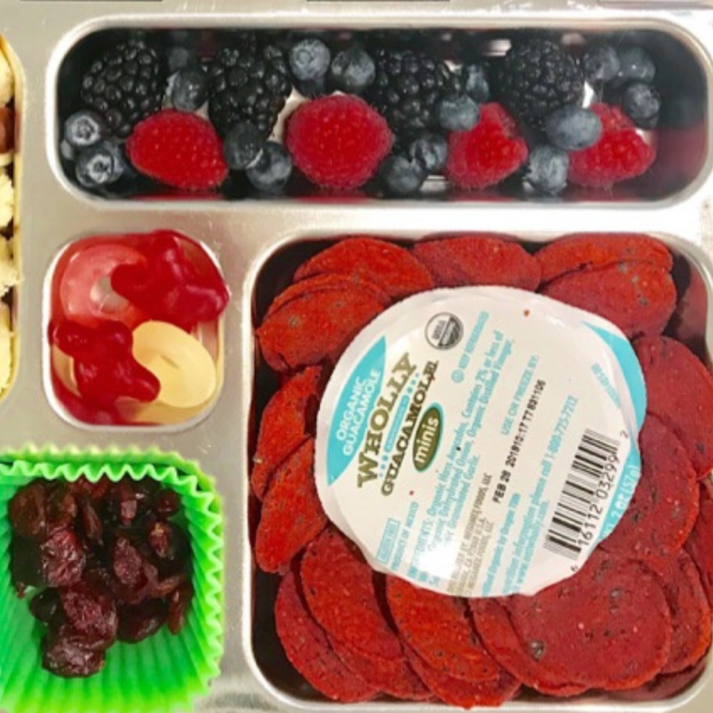 Kids Lunch idea with green beans. Teuko lunchbox community. Thanksgiving foods for kids. Thanksgiving lunch ideas for kids. Thanks giving lunchbox ideas for kids. Cranberries.