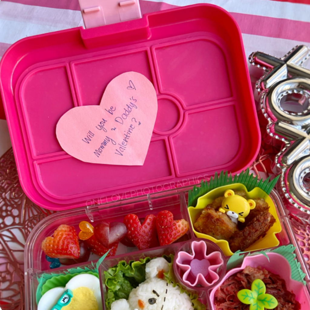 Kids lunch box bento for Valentine's day with lunchbox note