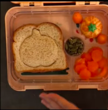 The Pumpkin Patch Lunch video tutorial, by @veganlunchmom